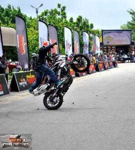 bike stunt (11)