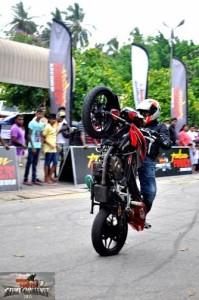 bike stunt (18)