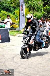 bike stunt (9)