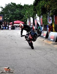 bike stunt (12)