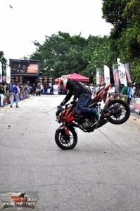 bike stunt (13)
